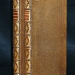 71. POZZO (Andrea). PERSPECTIVA PICTORUM ET ARCHITECTORUM. Rome, J. Komarek, 1693-1700. 2 parties de : 1- Datée de 1693. 2 titres, 1 frontispice, 5 pages, 1 planche montrant des outils du dessinateur, 100 planches, 5 pages. 2 - Datée de 1700. 2 titres, 2 frontispices, 14 pages, 118 planches, 20 pages, 1 planche. 2 volumes in folio, basane claire, dos à nerfs orné, plats ornés à la Du Seuil (reliure de l'époque). On doit à Pozzo, peintre de fresques et architecte, les plus étonnantes réalisations de l'architecture baroque, notamment à Rome à l'église du Jesu et à Saint Ignace : autels, voûtes, coupoles peintes,… Tous ces travaux sont illustrés dans le présent traité. EDITION ORIGINALE rare des 2 parties, la première rédigée en latin-italien et la seconde en italienallemand. Les gravures, superbes exemples de l'architecture baroque, sont en excellent tirage et imprimées sur un très beau papier vergé. Charnières et coins restaurés, l'exemplaire est de toute fraîcheur. 1500/2500